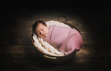 Photographe maternité bébé nouveau né Auxerre sens joigny Yonne